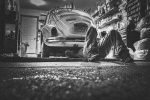 Motor opdrijven en autoverzekering: informeer tijdig